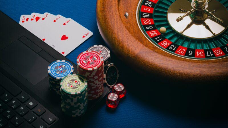 オンラインカジノの入出金方法や手段